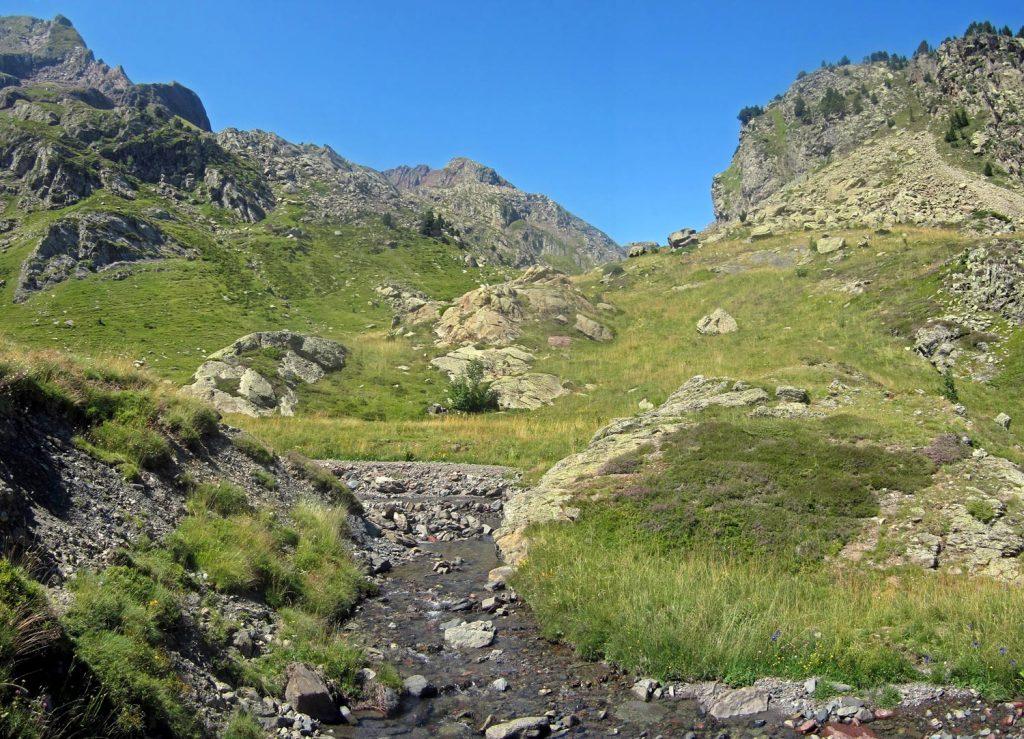Ibones de Anayet por el Corral de las Mulas (GR-11)