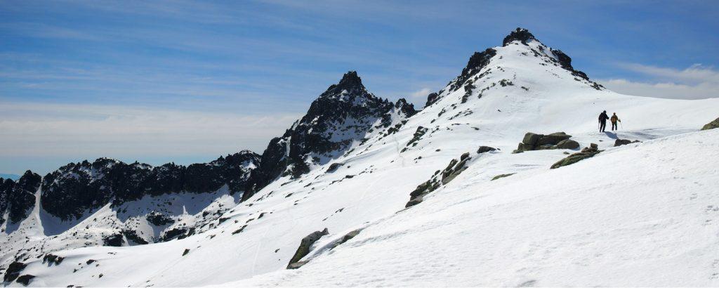 Pico de Almazor desde el Aventeadero.