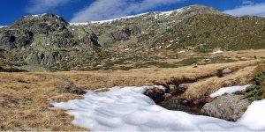 Vista del Circo de Peñalara con la primeras nieves de Noviembre
