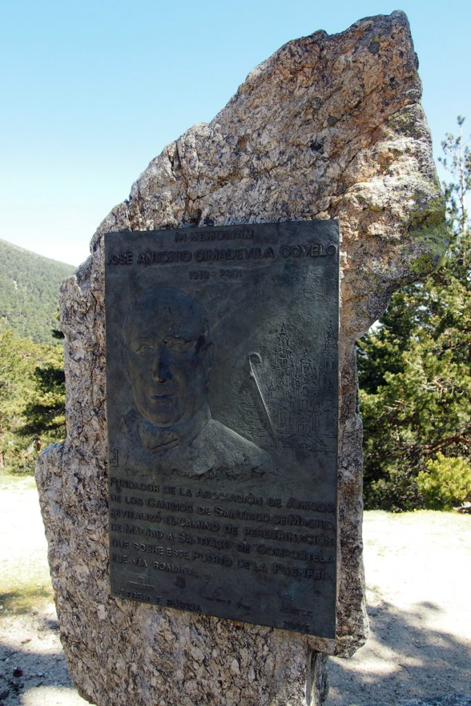 Monumento a José Antonio Cimadevilla Covelo