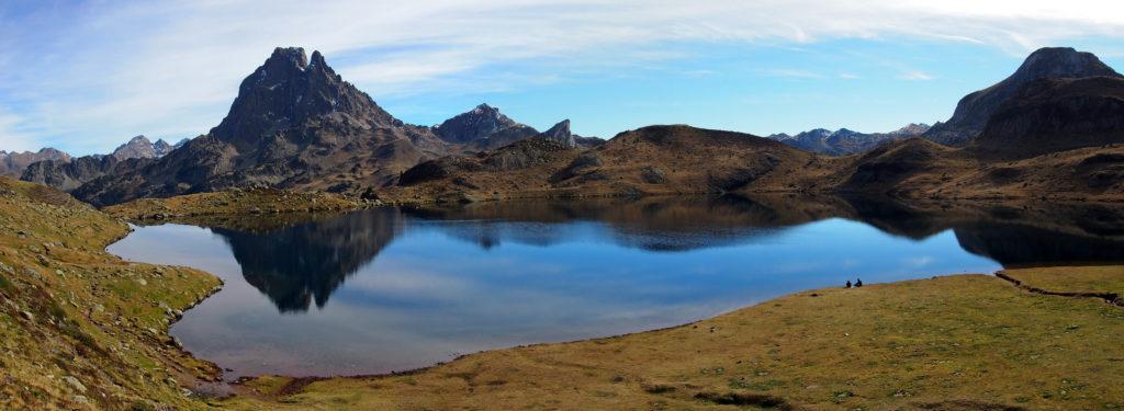 Vista del lago de Gentau