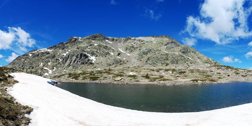 Laguna de los Claveles